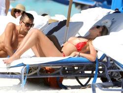 http://img275.imagevenue.com/loc248/th_226015319_lauren_stoner_bikini_topless_march19_2012_24_123_248lo.jpg