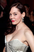 http://img275.imagevenue.com/loc343/th_752263949_kaneda_RoseMcGowan_2010USOGala_WashingtonDC_OCT_43_122_343lo.jpg