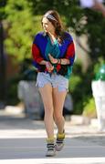 "*ADDS* Elizabeth Olsen on the Set of ""Very Good Girls"" in Brooklyn 07/02/12"