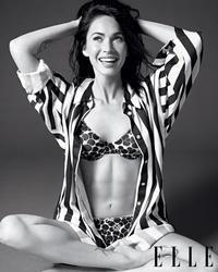 Megan Fox en culotte soutif pour Elle Magazine Octobre 2010 - hot.curul.fr