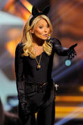 Kelly Ripa - 10th Annual TV Land Awards in New York 04/14/12